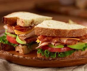 Ovengold® Turkey Avocado Sandwich