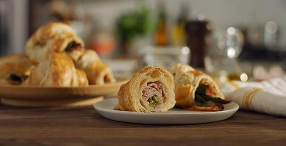 These bite-sized croissants are a seasonal favorite brimming with flavor. Filled with SmokeMaster™ Black Forest Ham, Pepperhouse Gourmaise® and roasted asparagus, they're as delightful to make as they are to enjoy.