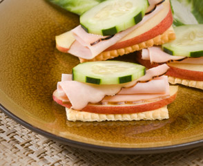 Maple Honey Turkey Breast & Apple Cracker Stack