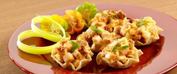 Chipotle Chicken Apple Salad Bites