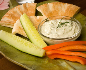 Boar's Head Feta Cheese Dip with Veggies & Pita