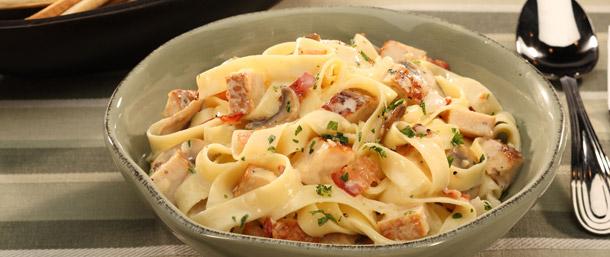 Boar'sHead EverRoast® Chicken and Mushroom Carbonara