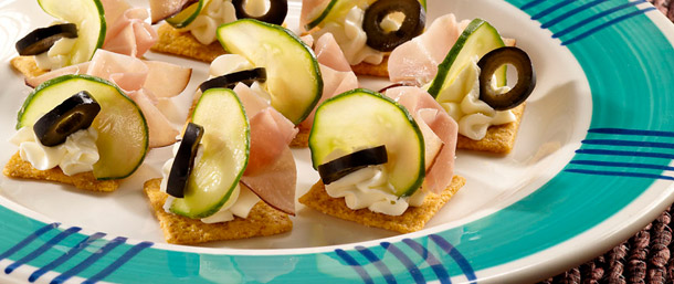 Cream-Cheesey Ham Crackers