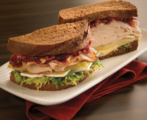 Golden Classic® Chicken with Pear and Cranberry