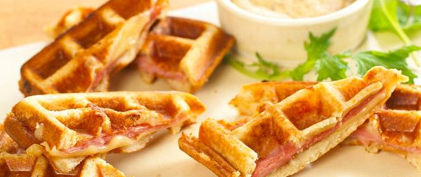 Sweet Slice® Ham & Cheddar Waffle Bites