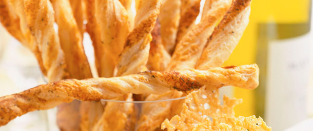 Easy Spicy Cheese Straws